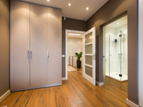 Modern anteroom interior with a view to a bathroom