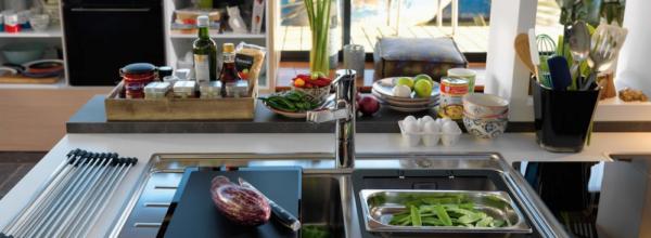 Jaki zlew wybrać do swojej kuchni? – Fragranit, Stal Nierdzewna