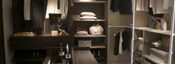 Garderoba w małym i dużym pomieszczeniu, inspiracje – Meble na wymiar Kraków